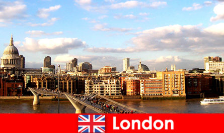 Leisure activities for tourists in the city of London from England