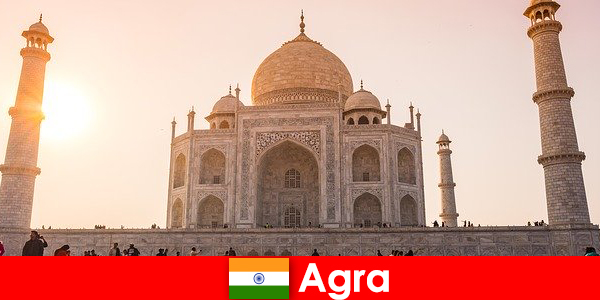 Impressive palace complexes in Agra India is a travel tip for vacationers