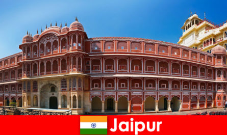 Most unusual architectures attract many tourists to Jaipur