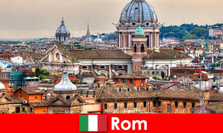 Rome Cosmopolitan metropolis with many churches and chapels a starting point for strangers