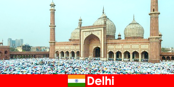 Delhi is a metropolis in the north of India with world-famous Muslim buildings