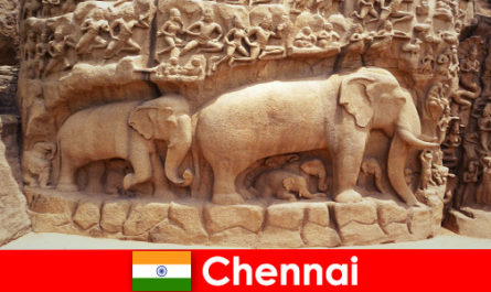 Strangers are excited about traditional cultural buildings in Chennai India