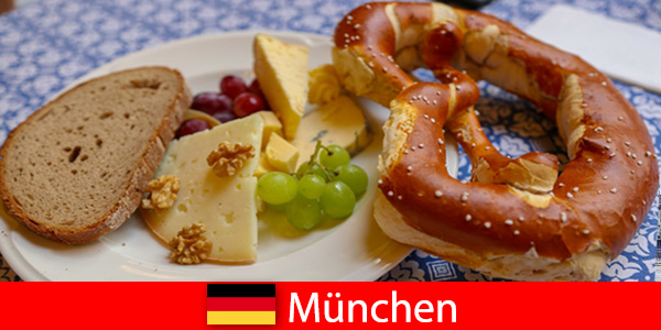 Enjoy a cultural trip to Germany Munich with beer, music, folk dance and regional cuisine