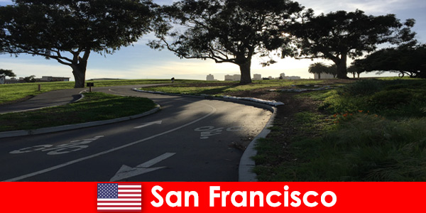 Exploration tour for foreigners by bike in San Francisco United States