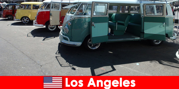 Foreigners rent cheap cars in Los Angeles United States for sightseeing