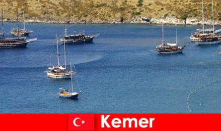 Adventure trip by boat in Kemer Turkey for couples and families in love
